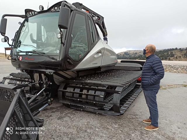 Νέος εξοπλισμός στο Χιονοδρομικό Κέντρο Καλαβρύτων Χιονοδρομικό Κέντρο Καλαβρύτων Χιονοδρομικό Κέντρο Καλαβρύτων: Παραλαβή νέου εξοπλισμού 14550 03