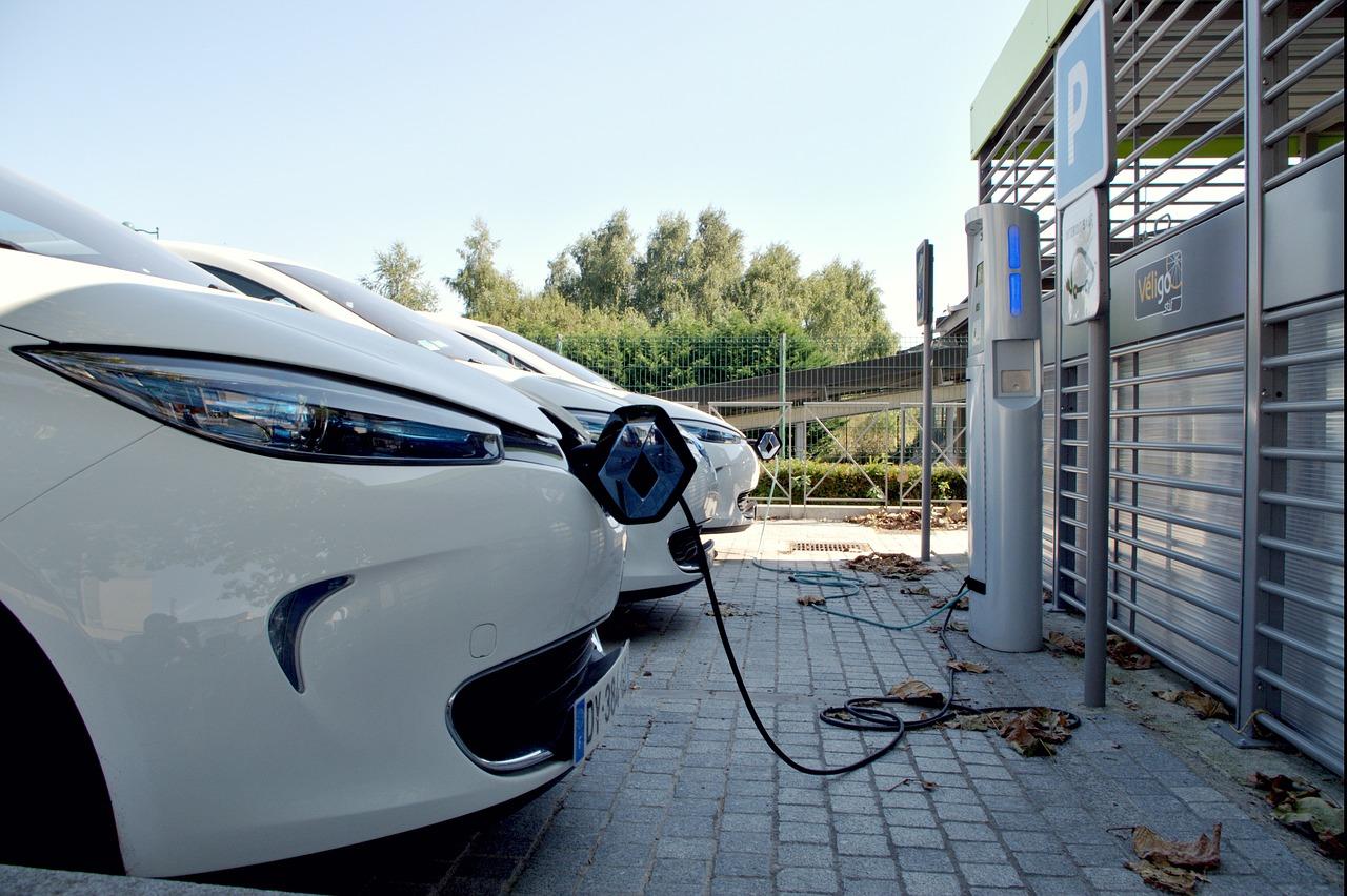 Πρωτοπόρος η Δυτική Ελλάδα στην ηλεκτροκίνηση Δυτική Ελλάδα Δυτική Ελλάδα: Πρώτη Περιφέρεια στην ηλεκτροκίνηση parking space 1678181 1280