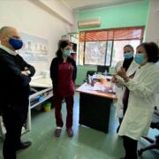 Επίσκεψη Οικονόμου στα 6 εμβολιαστικά κέντρα της Φθιώτιδας  Επίσκεψη Γιάννη Οικονόμου στα 6 εμβολιαστικά κέντρα της Φθιώτιδας                                            6                                                                 1 180x180