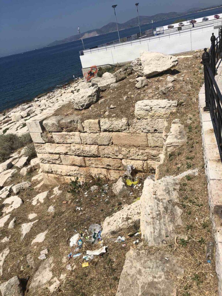 Πειραιάς Πειραιάς: Αναδεικνύεται το Θεμιστόκλειο Τείχος IMG 2485 768x1024