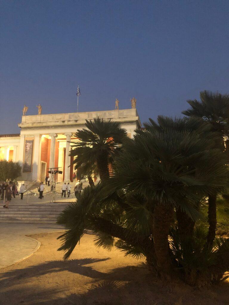 Εθνικό Αρχαιολογικό Μουσείο Το Εθνικό Αρχαιολογικό Μουσείο έχει νέο κήπο IMG 7210 2 768x1024