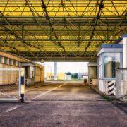 Μεθοριακός Σταθμός  Ανοίγει ο Μεθοριακός Σταθμός Κρυσταλλοπηγής για είσοδο εργατών γης lost places 2660064 640 180x180