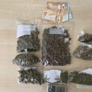 Εξάρθρωση συμμορίας διακινητών ναρκωτικών στον Πειραιά  Εξάρθρωση συμμορίας διακινητών ναρκωτικών στον Πειραιά                                                                                                         1 180x180
