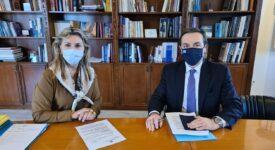 Μπούγας-Μακρή  Επίσκεψη του Βουλευτή Φωκίδας στο Υπουργείο Παιδείας                           275x150