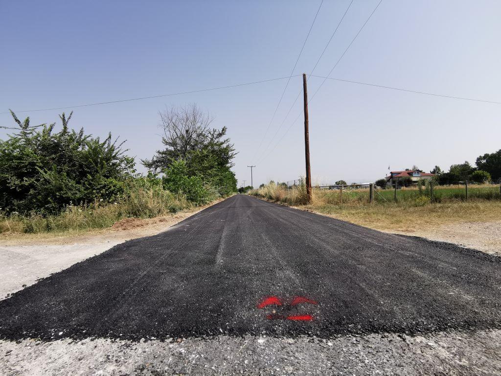 Νέες ασφαλτοστρώσεις σε Τρίκαλα και χωριά τους                                                                                        2