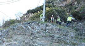 Φράχτης προστασίας από βραχοπτώσεις στο δρόμο Λάρισας-Σπηλιάς  Φράχτης προστασίας από βραχοπτώσεις στο δρόμο Λάρισας-Σπηλιάς                                                                                                                     275x150