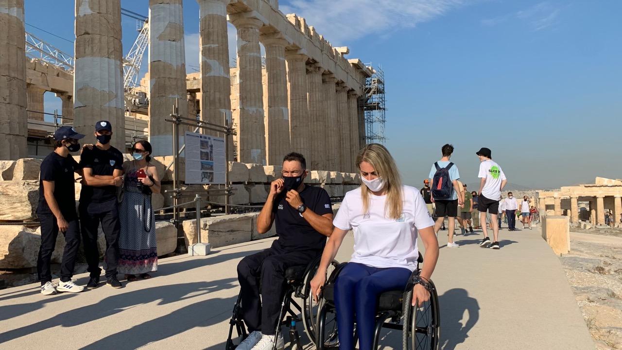 Στην Ακρόπολη η Ελληνική Παραολυμπιακή Ομάδα  Στην Ακρόπολη η Ελληνική Παραολυμπιακή Ομάδα IMG 0019