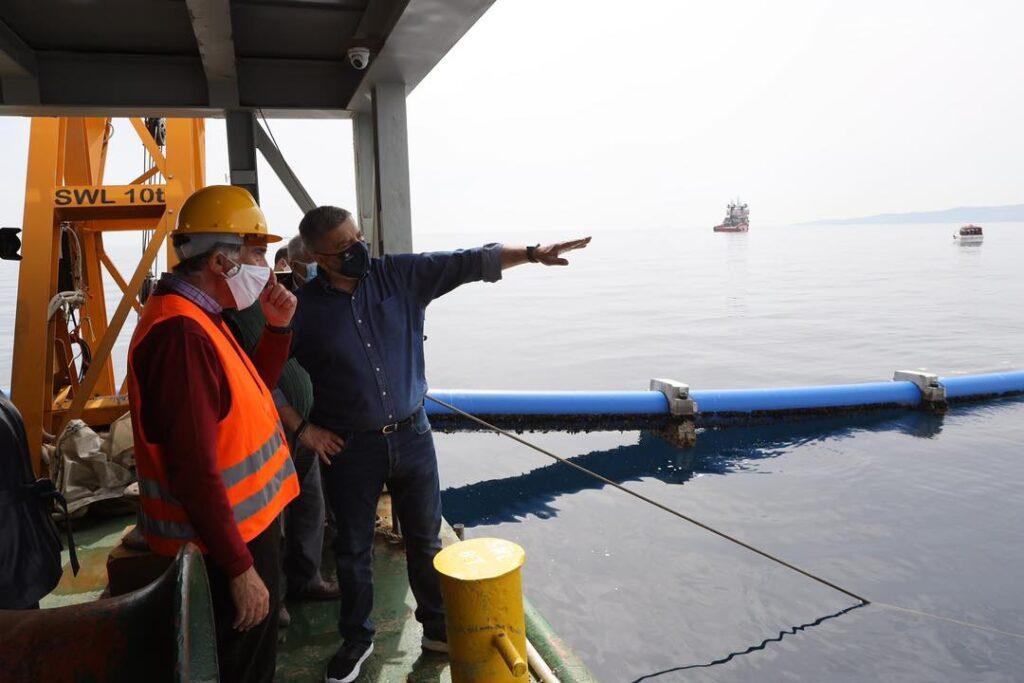 Ολοκληρώθηκε η πόντιση του υποθαλάσσιου αγωγού υδροδότησης της Αίγινας photo aigina 3 1024x683