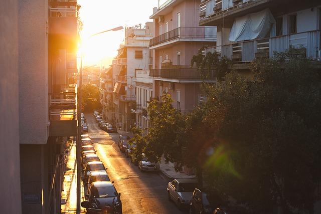 Τα κτίρια στην Ελλάδα αντιπροσωπεύουν το 41% της συνολικής κατανάλωσης ενέργειας. Γιατί δεν προωθείται η αβαθής γεωθερμία; city 6224840 640