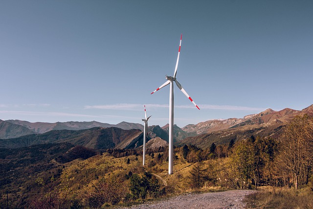 Να σταματήσει επιτέλους αυτή η αναστάτωση σε κάθε γωνιά της χώρας! windmill 5931972 640