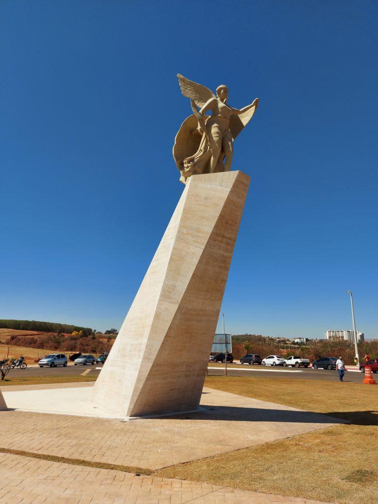Αντίγραφο της Νίκης του Παιωνίου στην πόλη Ολύμπια Σάο Πάολο της Βραζιλίας                                                                                                                                           1