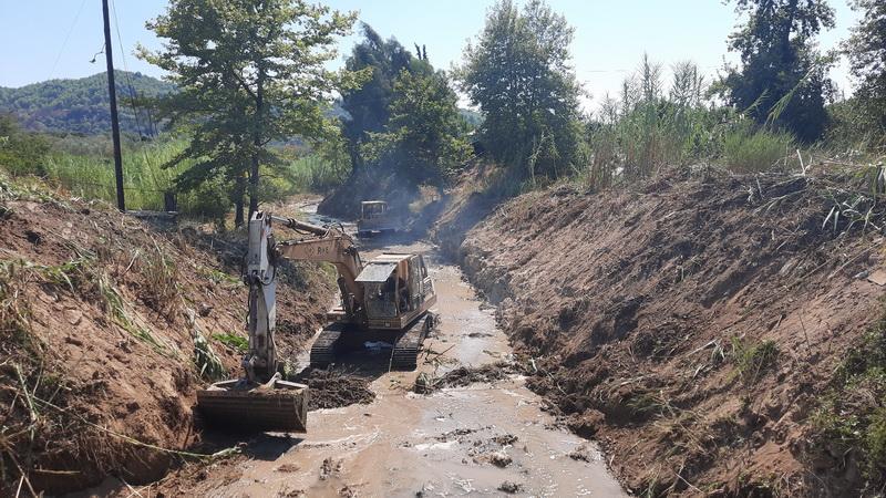 Εργασίες καθαρισμού ποταμών και ρεμάτων στην Ηλεία