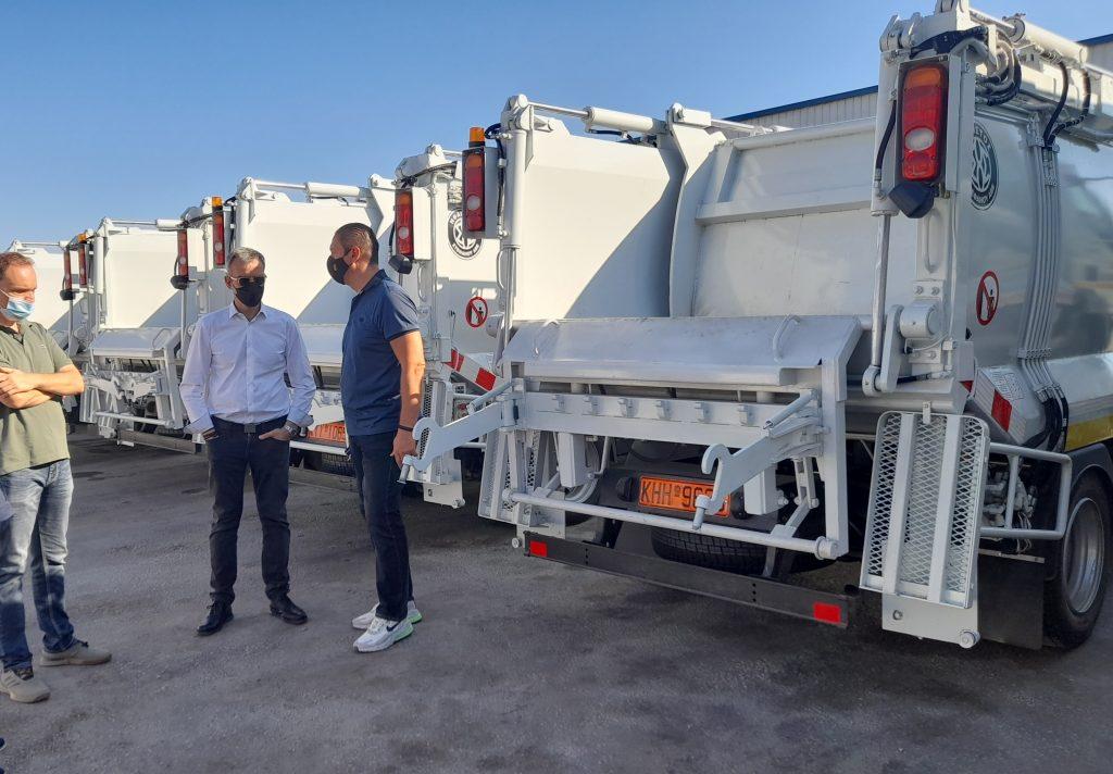 Ο Δήμος Θεσσαλονίκης απέκτησε νέα οχήματα                                                                               4