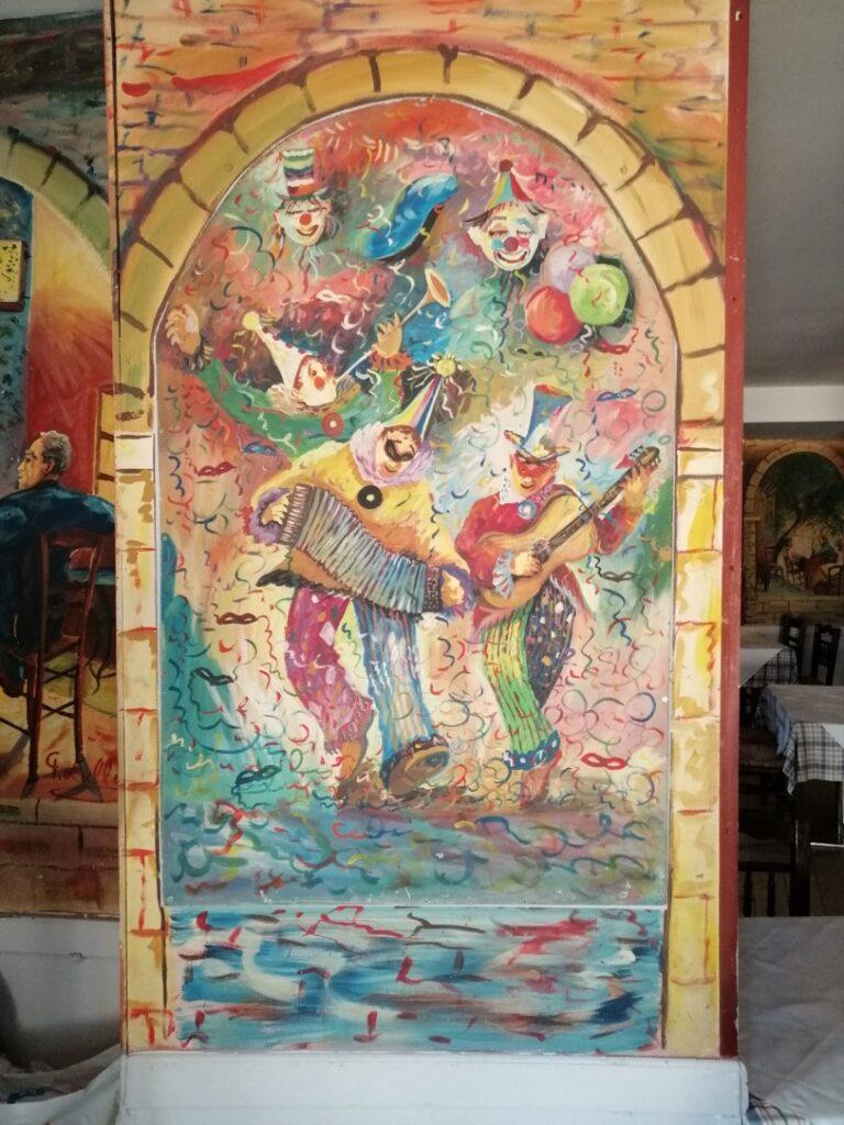 Νεώτερο μνημείο η λαϊκή τέχνη του Γιώργου Σαββάκη στις ταβέρνες της Πλάκας 11
