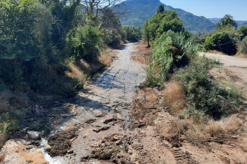 Εργασίες καθαρισμού ποταμών και ρεμάτων στην Ηλεία 16105