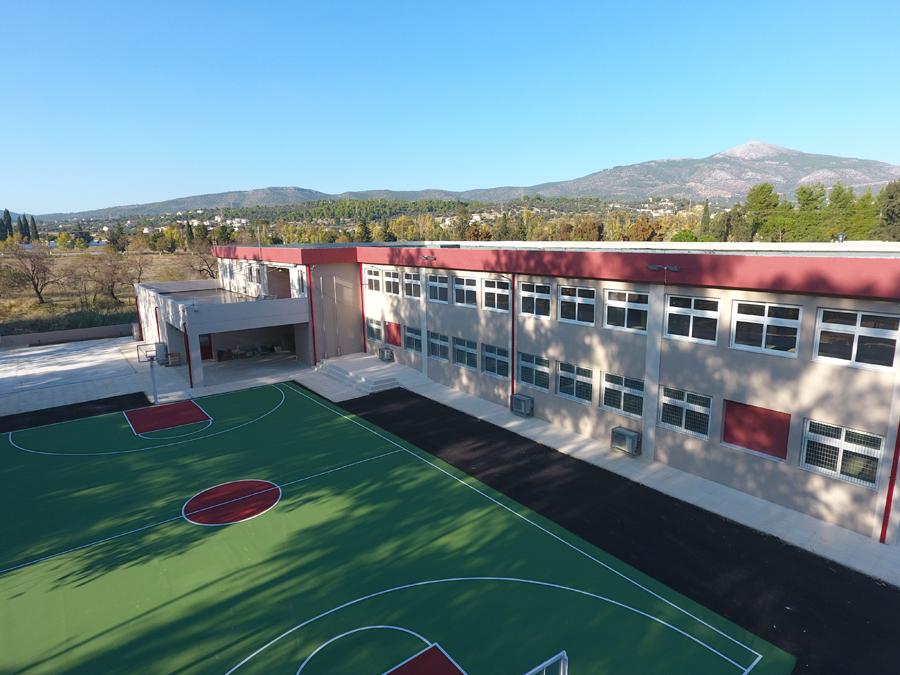 Ερέτρια Ερέτρια: Νέο σχολείο και αθλητικό κέντρο DJI 0027