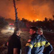 Άμεση η συνδρομή της Περιφέρειας Αττικής στην κατάσβεση της πυρκαγιάς που ξέσπασε χθες στη Νέα Μάκρη photo n