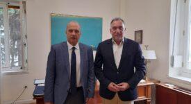 Συνάντηση του Υφυπουργού παρά τω Πρωθυπουργώ Γιάννη Οικονόμου με τον Δήμαρχο Λαμιέων Θύμιο Καραΐσκο Photo2 2 275x150